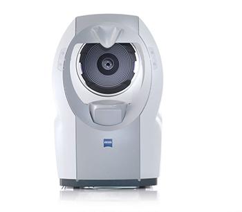 ZEISS aggiorna i.Profilerplus: il sistema compatto 4 in 1 che integra aberrometro a fronte d'onda oculare, autorefrattometro, topografo corneale ATLAS e cheratometro.
